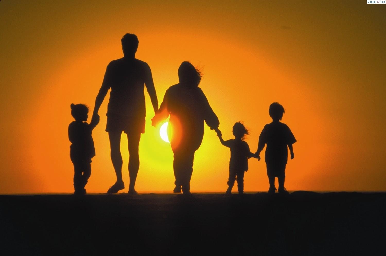 GUIA PARA FAMILIARES: Los factores protectores frente al suicidio.